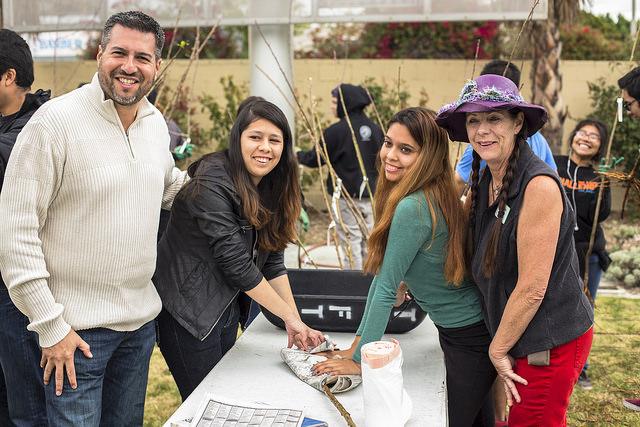 LA Councilmember Felipe Fuentes and volunteers